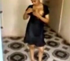 SSS_ Desi NRI Xvideos Bhabhi drilled at one's fingertips teach someone his