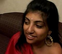 Indian Unfocused yon Red Saree
