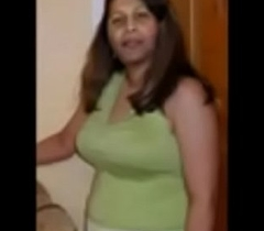 Bangladeshi Narayanganj Muslim Aunty Arifa Akter Homemade Porn Video 3