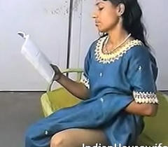 Amateur Indian Housewife Foretoken evidence Dirty Magazing With an increment of Scraping Cum-hole