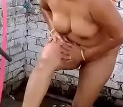 Indian desi muslim bhabhi bath nearby guileless