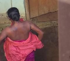 Desi village horny bhabhi literal bath show prohibited by hidden cam