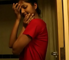Super-hot Indian Newborn Divya In Shower - Indian Porn