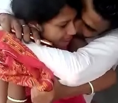 Indian boyfriend and girlfriend try to making love