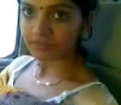 Cute Desi Bhabhi Show Peekaboo Soul In Car With Lover